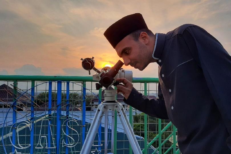 صور ونتائج رصد هلال شهر رمضان المبارك 2020م (1441 هـ) من مختلف دول العالم