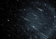 سماء المنطقة تشهد زخة قوية من شهب التوأميات الإثنين 14 ديسمبر 2020م