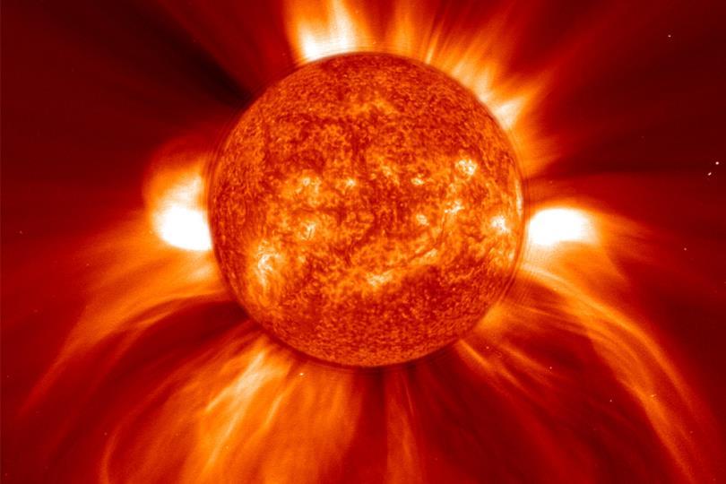 ناسا تصور الجانب الآخر من الشمس لأول مرة